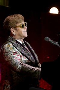 "Elton John - ""Farewell Yellow Brick Road""-Tour © Matt Baron - Shutterstock"