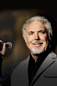 Tom Jones 2015 © Dave J. Hogan