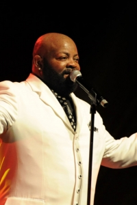 The BARRY WHITE Experience - 17.3.2016 © Cofo.de