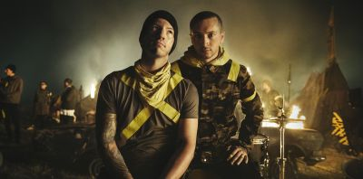 Twenty One Pilots - The Banditos_aw © Brad Heaton