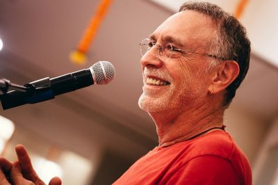 Krishna Das, Peace of My Heart Europe Tour 2019, Mi, 24.07.2019, Wiener Stadthalle, Halle E, 004 © Payal Kumar